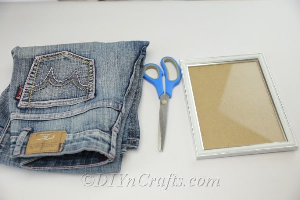 Supplies needed to make a denim pen holder