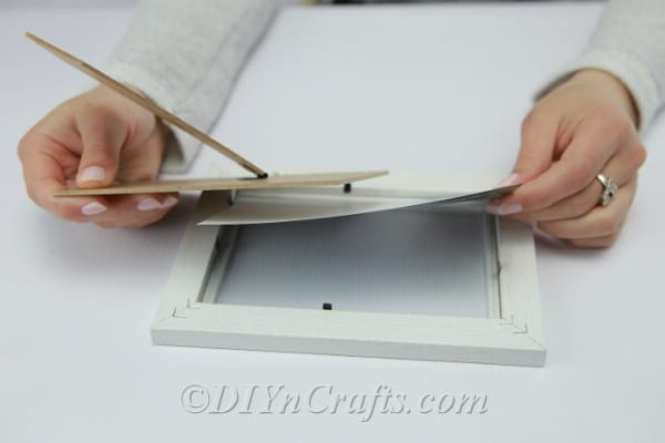 Adding a picture to a frame