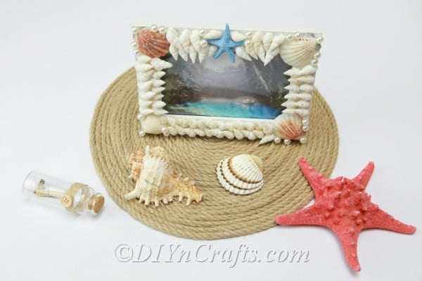 Picture frame covered in seashells