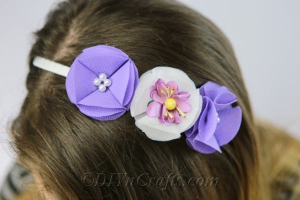 How To Make A Gorgeous Fabric Flower Headband