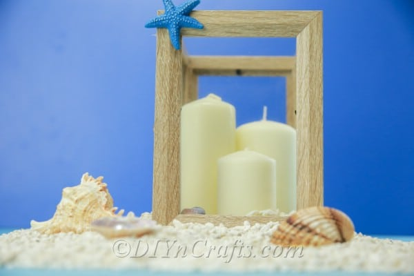 Picture frame lantern with seashells