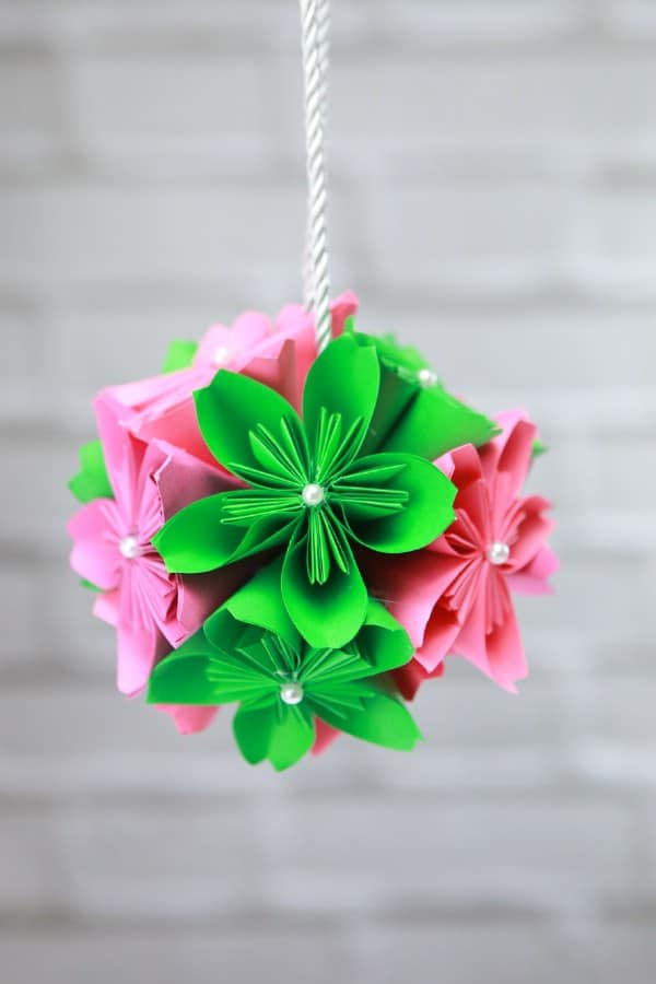 How to Make a Gorgeous DIY Paper Flower Ball
