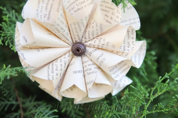 Your old book flowers will look fantastic to matter what you use them for.