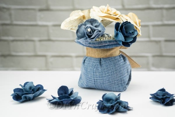 Making flowers out of old jeans is easier than you think.
