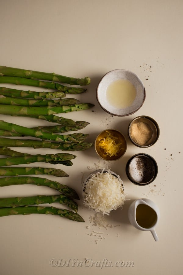 Ingredients for Garlic Parmesan Asparagus Spears
