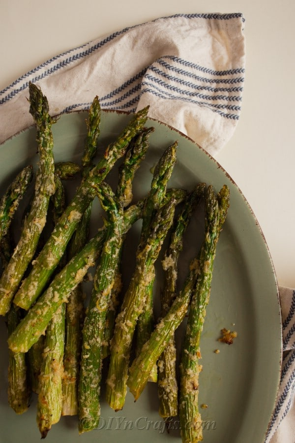 Roasted Garlic Parmesan Asparagus ready to serve