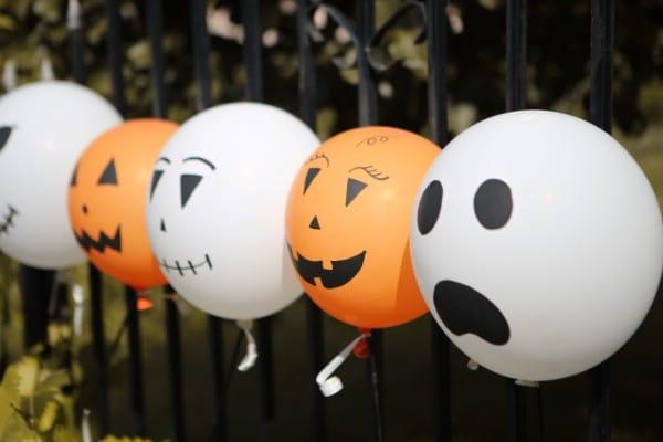 How to Make Decorative Halloween Balloons