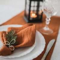 Set burnt orange linen wedding napkins