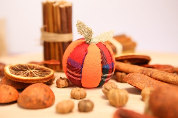 DIY Pumpkin Ornament Fall Decorations Idea