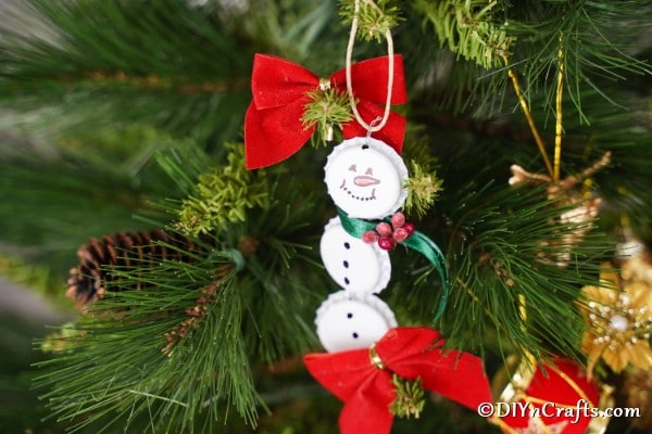 Snowman Ornament Bottle Cap Crafts