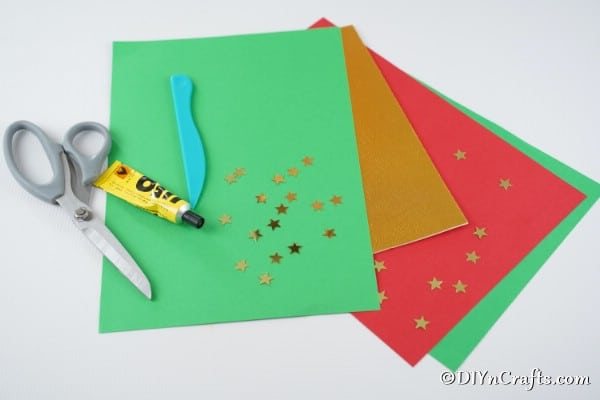 Supplies needed for making a 3D Christmas tree card