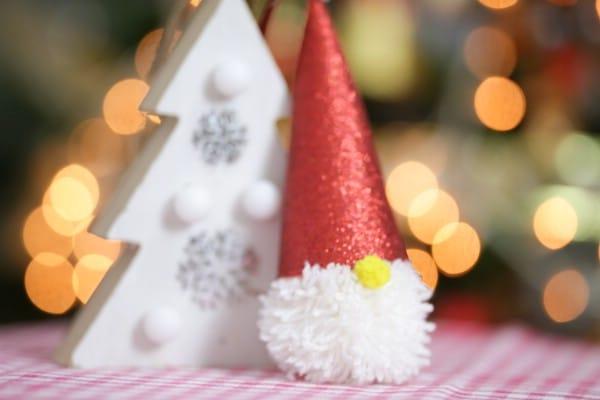 Adorable Christmas Pom-Pom Gnome Ornaments