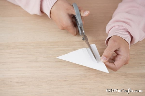Cutting strips of paper for a 3d star