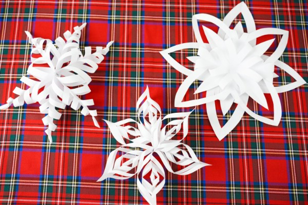 Easy 3D Snowflake Stars Paper Christmas Decorations