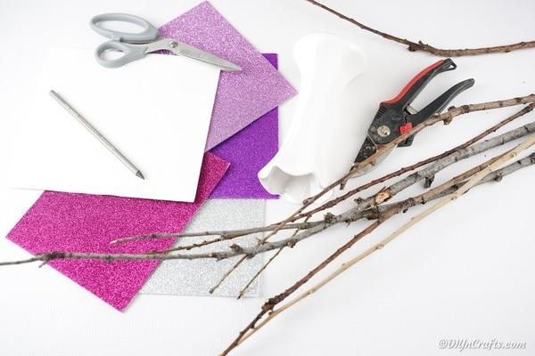 Supplies for glitter heart bouquet