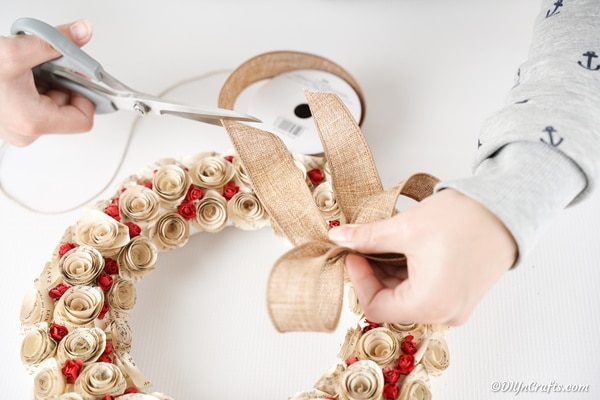 Creating burlap bow for wreath