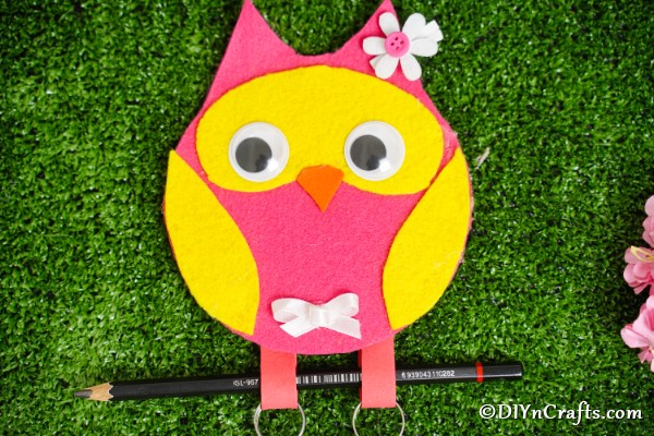 Owl Message Pad Holder on Grass