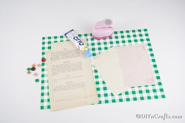 Supplies for paper button flowers