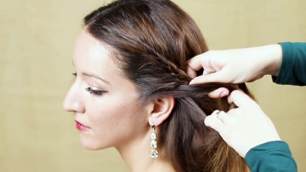 Transitioning hair to side of head