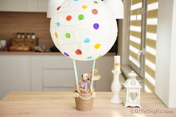 easter hot air balloon on table