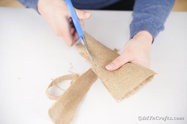 Cutting burlap ears