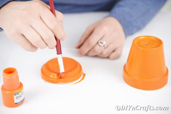 Painting water catcher for flower pot