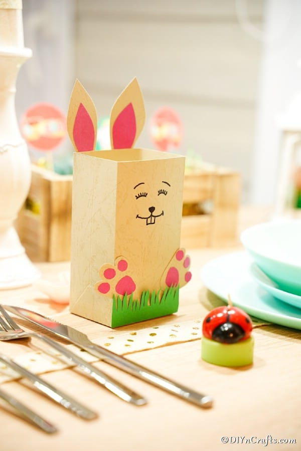 Paper candy holder on Easter table