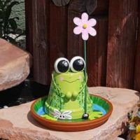 "6"" Hand Painted Frog Clay Pot"