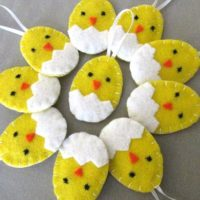 10 Hatching Chick Easter Ornaments
