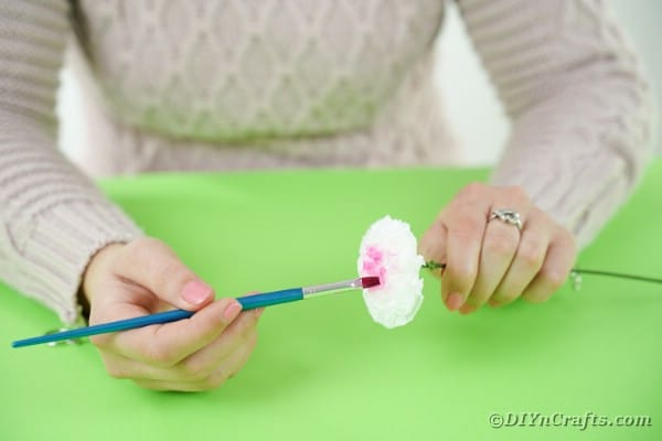 Painting paper flower