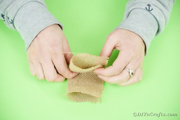 Folding burlap
