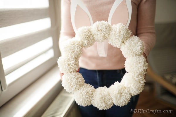 Easy DIY Pom Pom Easter Bunny Wreath