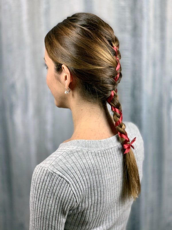 Side view of braid with ribbon