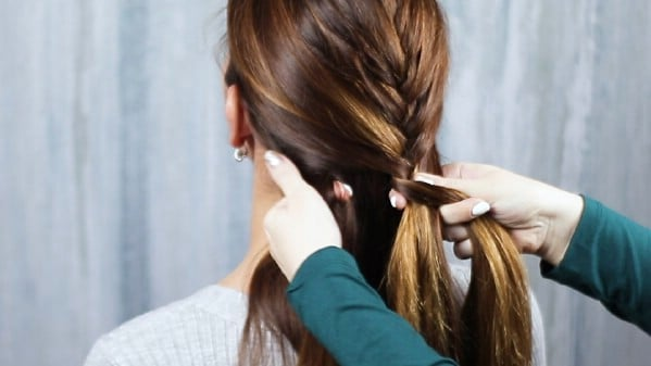 French braiding hair