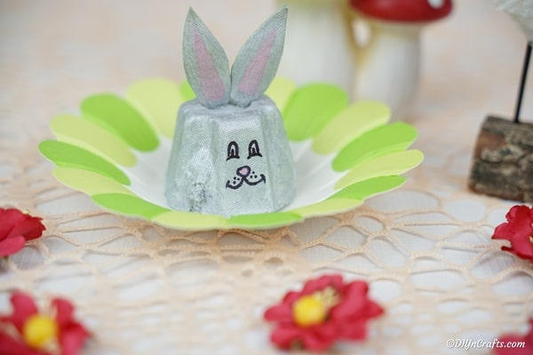 Egg carton bunny on paper flower with red flowers