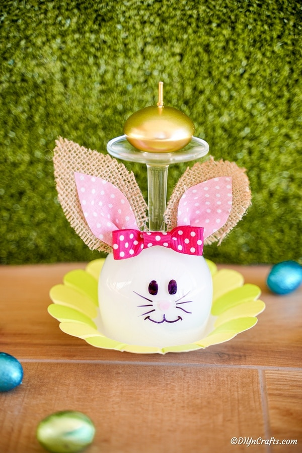 Wine glass bunny on yellow mat