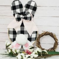 Buffalo Plaid Rustic Eater Bunny Embroidery Hoop Art