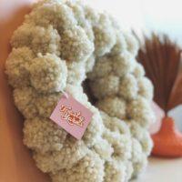 Daisy Pom Pom Wreath