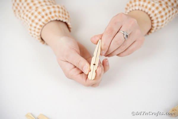2 clothespins glued together