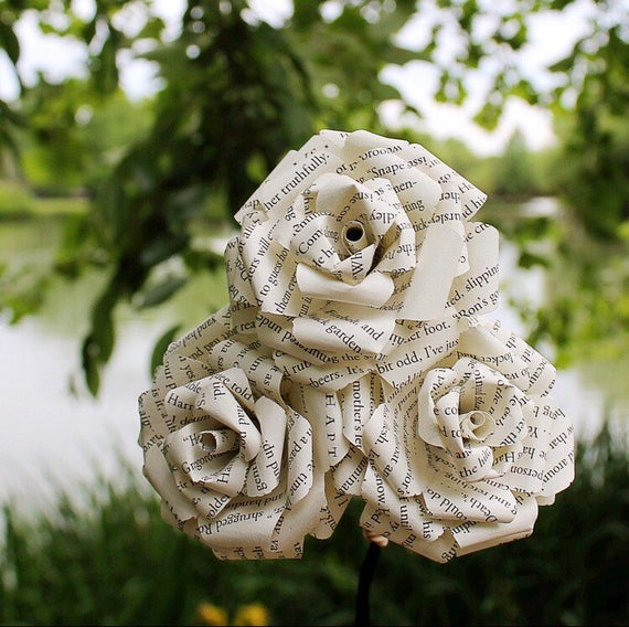 Paper Roses Made from old Book Pages