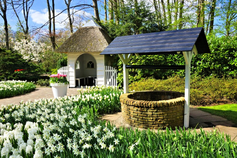 Scenic Cottage at Keukenhof