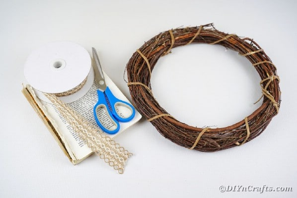 Supplies for finged wreath