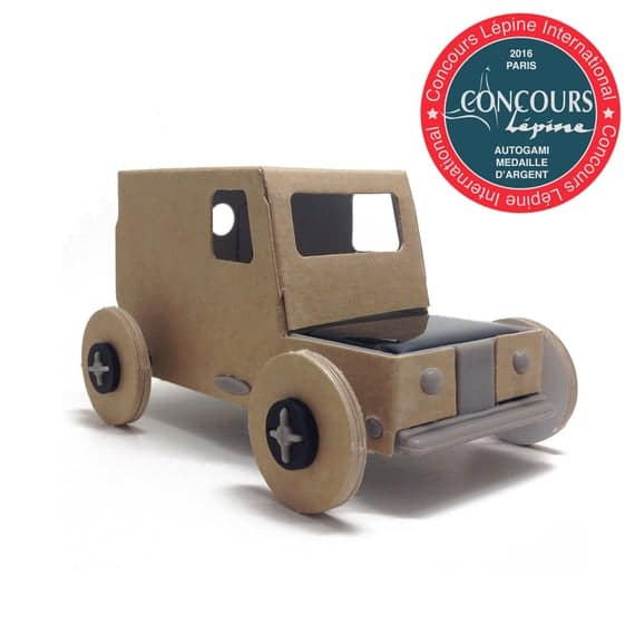 AUTOGAMI Ecologic and fun Miniature SOLAR cardboard car