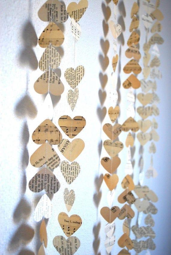 Romantic Vintage Hearts Garland