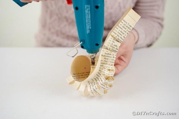Gluing paper to lantern