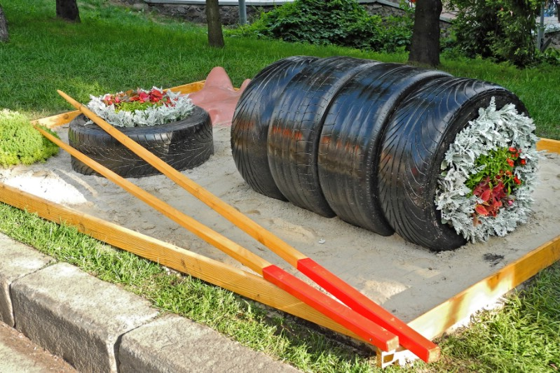 Sushi Roll Tire Garden