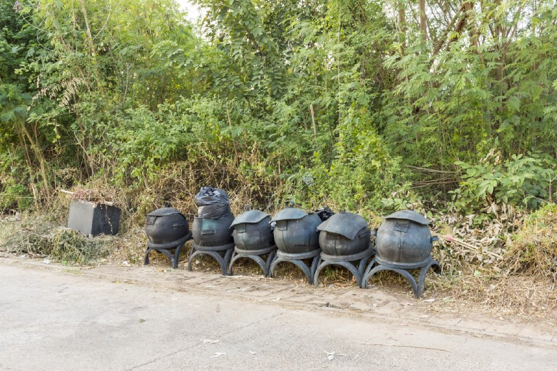 Make a Tire Compost Bin