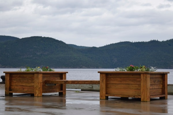 Square wood planters bench