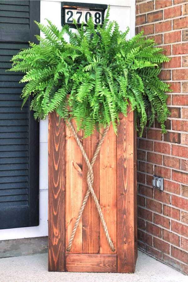 Front door vertical box planter