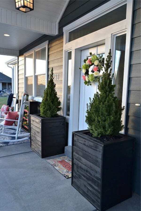 Dual door box planters